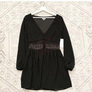 Tobi black long sleeve dress m NWT holiday flower